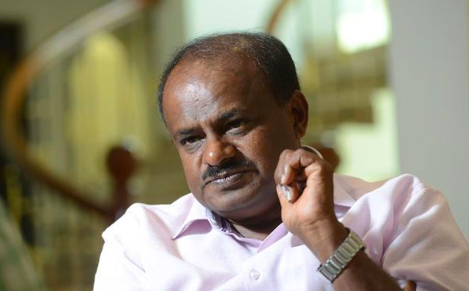 HDK Seeks Sonia's Help to Keep Congressmen at Bay