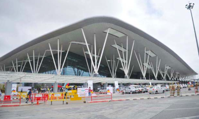 Airport Taxi Drivers Tipped off Kumaraswamy on Impending IT Raids
